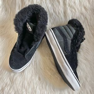 Vans Sneakers With Fur 👟